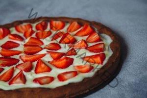 banana strawberry pie